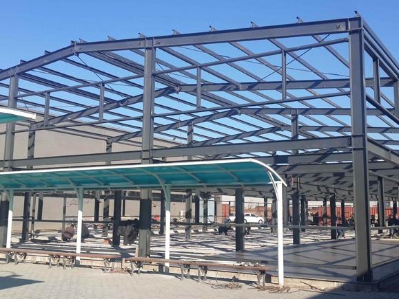 贵州体育馆钢结构安装